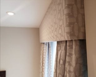 Blackout made to measure Curtain pelmet made to for a contemporary flat in Chelsea, London